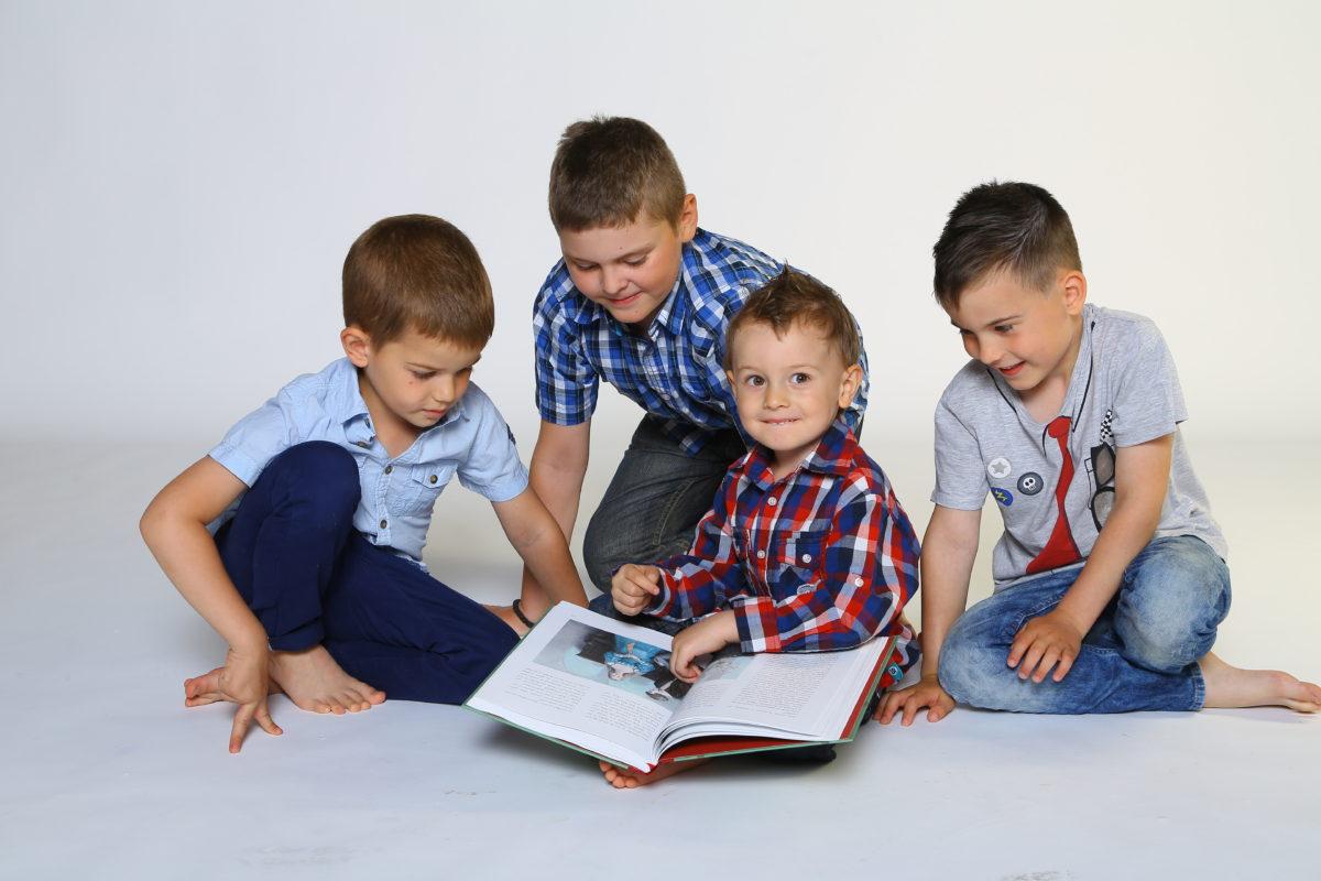 Euromedia pošle deset tisíc knížek dětem zdravotníků. Chystá také bezkontaktní doručování, aby byla připravená na poptávku knih během karantény