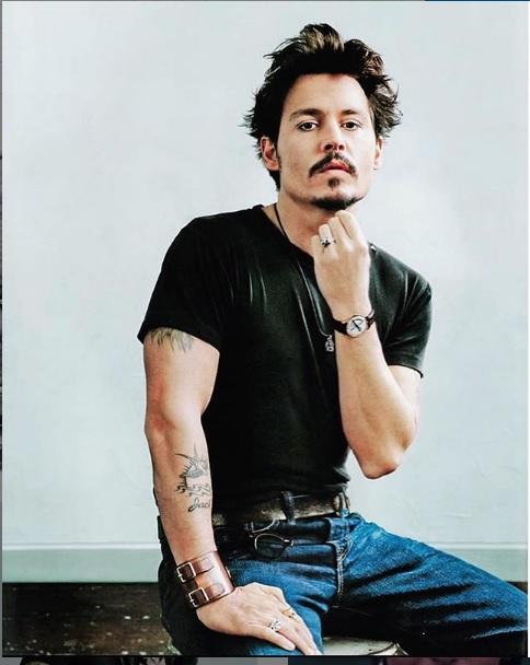 Fešák Johnny Depp: Jeden z nejlépe placených herců je smolařem na ženy!